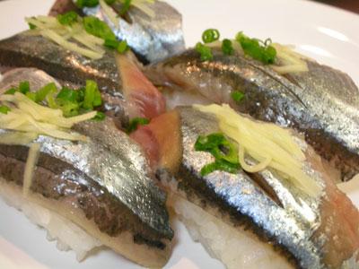 生サンマの握り寿司