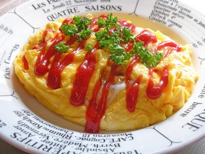 朝食はオムライス
