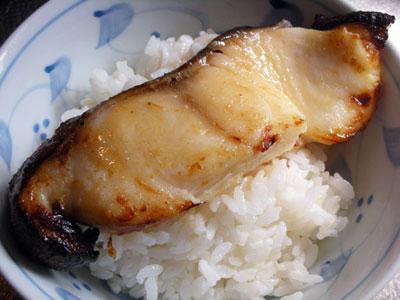 銀ダラ丼と焼きタラコ