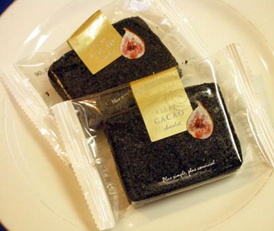 いちじく黒ココアケーキ