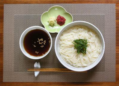 梅じそ素麺