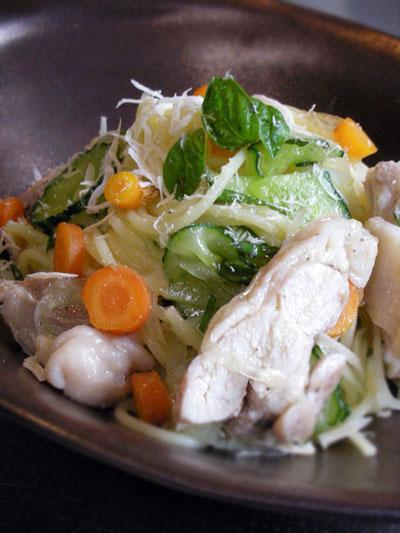 鶏もも肉の冷製パスタ