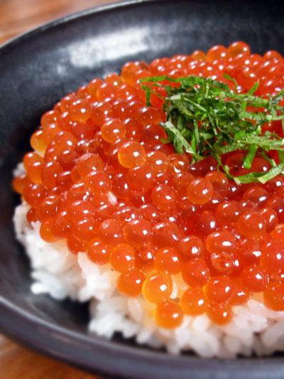 手作りイクラ醤油漬け丼
