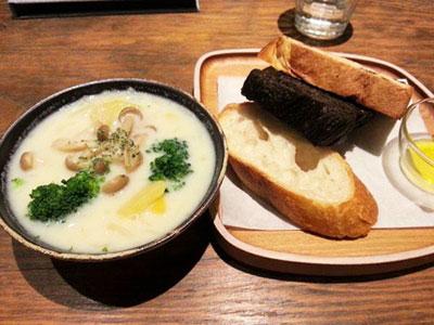 札幌のカフェ&クラフトギャラリー