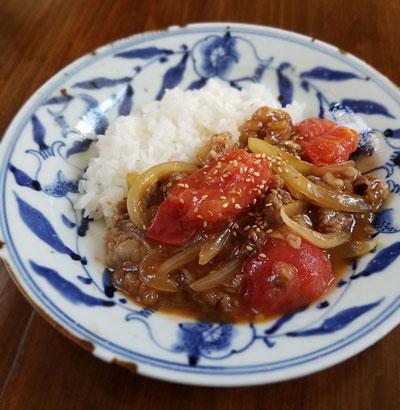 牛肉とトマトの甘辛いため丼