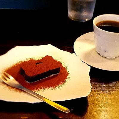 """""""チョコレートケーキ"""""""