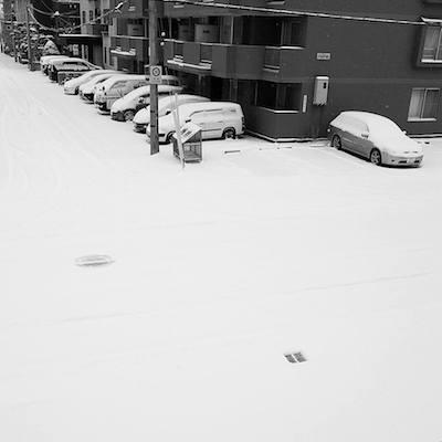 まだまだ降る札幌の雪事情
