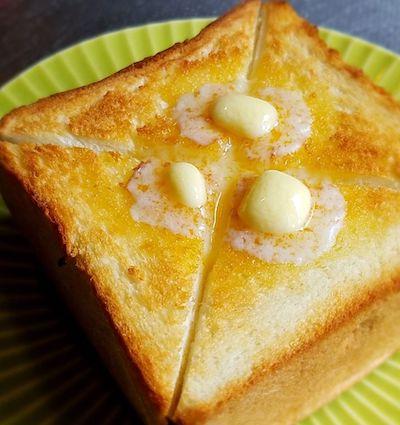 厚焼きトースト