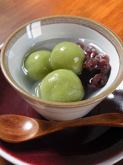 緑茶風味の白玉ぜんざい