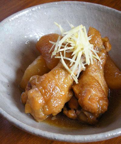 鶏手羽元と大根の甘辛炊き